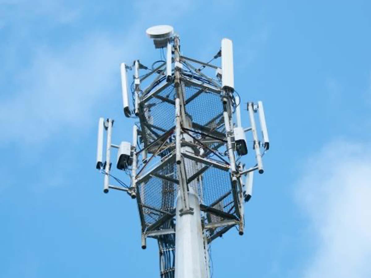 Liberty Global mulls sale of Belgian mast business